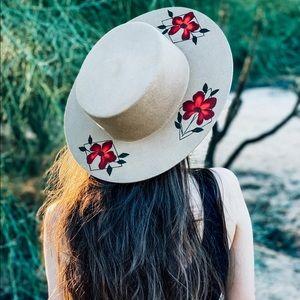"luna bloom   ""giverny"" hat"